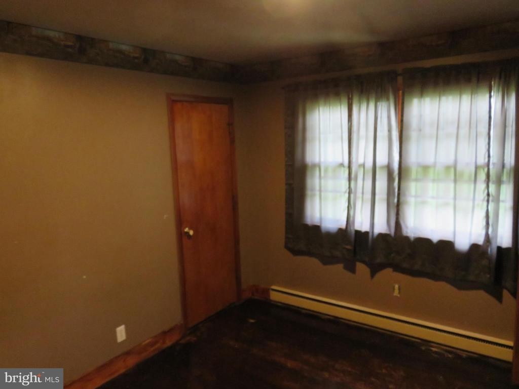 3rd Bedroom - 112 COLEBROOK RD, FREDERICKSBURG