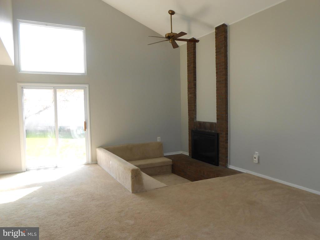 Gas Fireplace - Brick Hearth - 7702 BRANDON WAY, MANASSAS