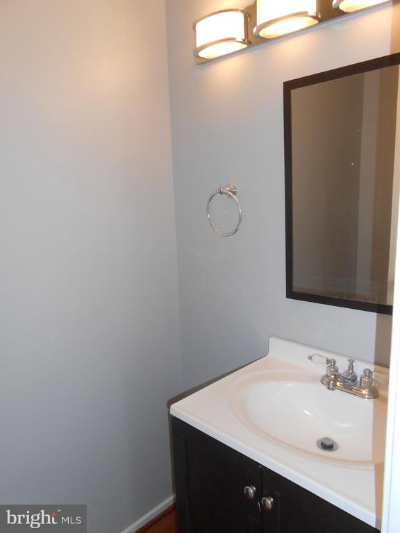 Half Bath on Main Level - Tile Floor - 7702 BRANDON WAY, MANASSAS