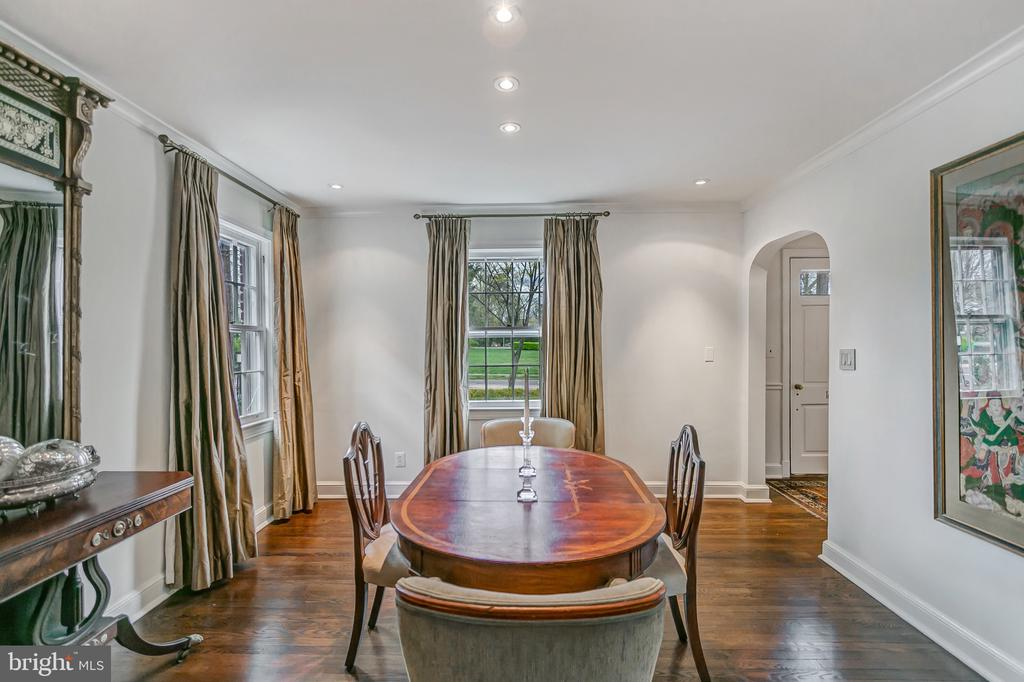 Gracious dining room enjoys afternoon sunlight - 7007 CONNECTICUT AVE, CHEVY CHASE