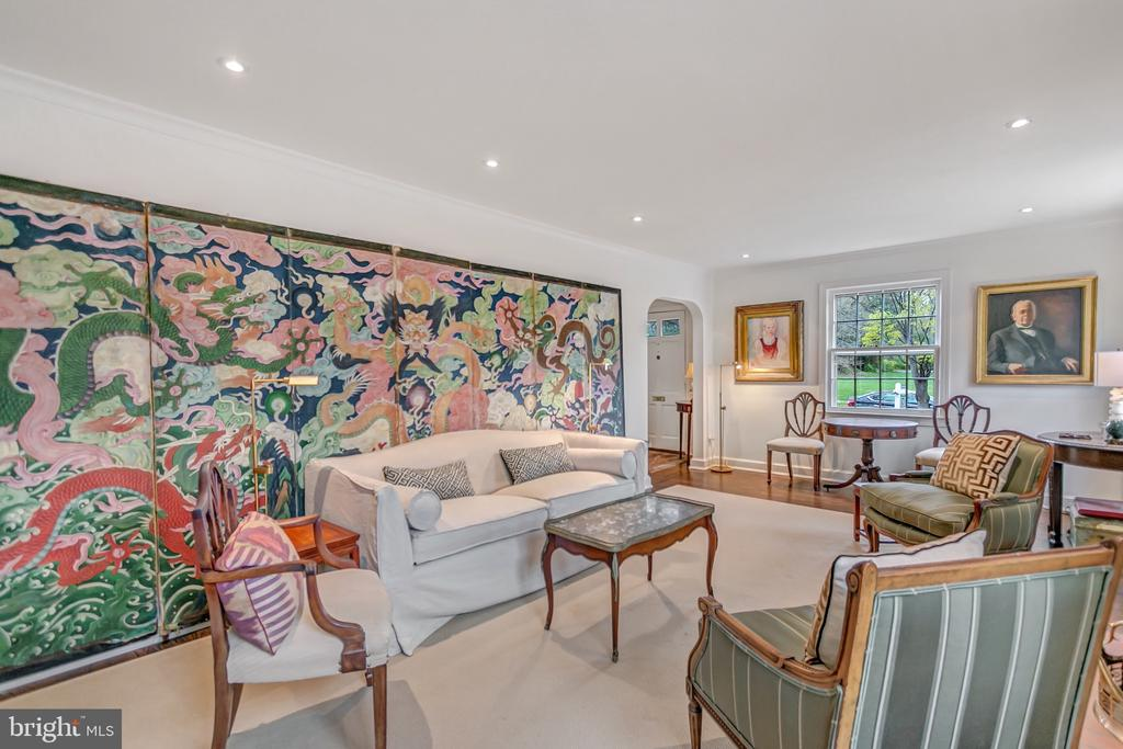 Another angle of the living room - 7007 CONNECTICUT AVE, CHEVY CHASE