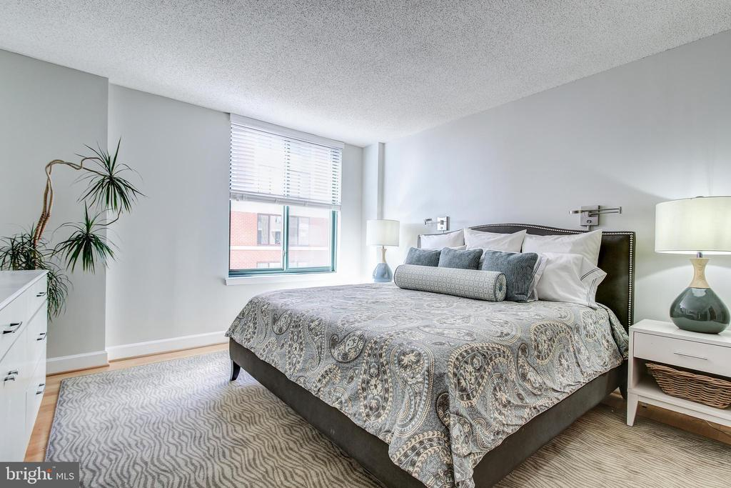 Master Bedroom - 1205 N GARFIELD ST #804, ARLINGTON