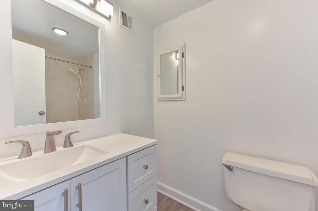 Master bath  ~ new vanity, LED lighting, fixtures - 5500 HOLMES RUN PKWY #1210, ALEXANDRIA