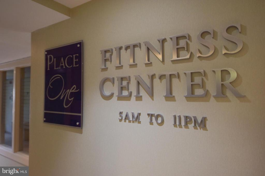 Updated fitness center with sauna - 5500 HOLMES RUN PKWY #1210, ALEXANDRIA