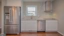 Beautiful kitchen with Hood - 3305 22ND ST N, ARLINGTON