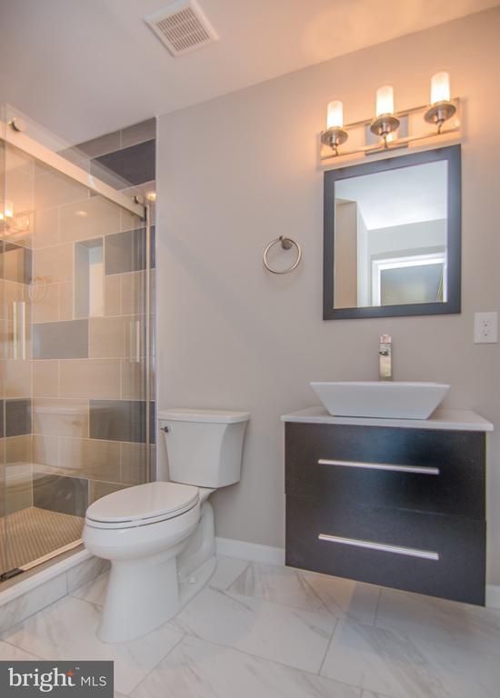 Spare bathroom - 3305 22ND ST N, ARLINGTON