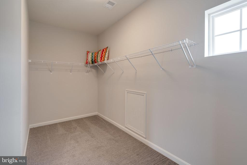 Model Home- Walk-in Closet - EMBREY MILL ROAD- HOPEWELL, STAFFORD
