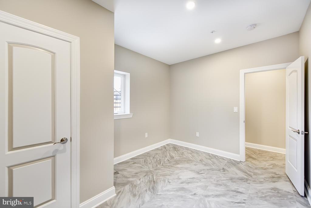 Basement Bedroom - 1167 MORSE ST NE #2, WASHINGTON
