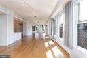 Expansive living space, nearly 60' expanse - 675 E ST NW #900, WASHINGTON