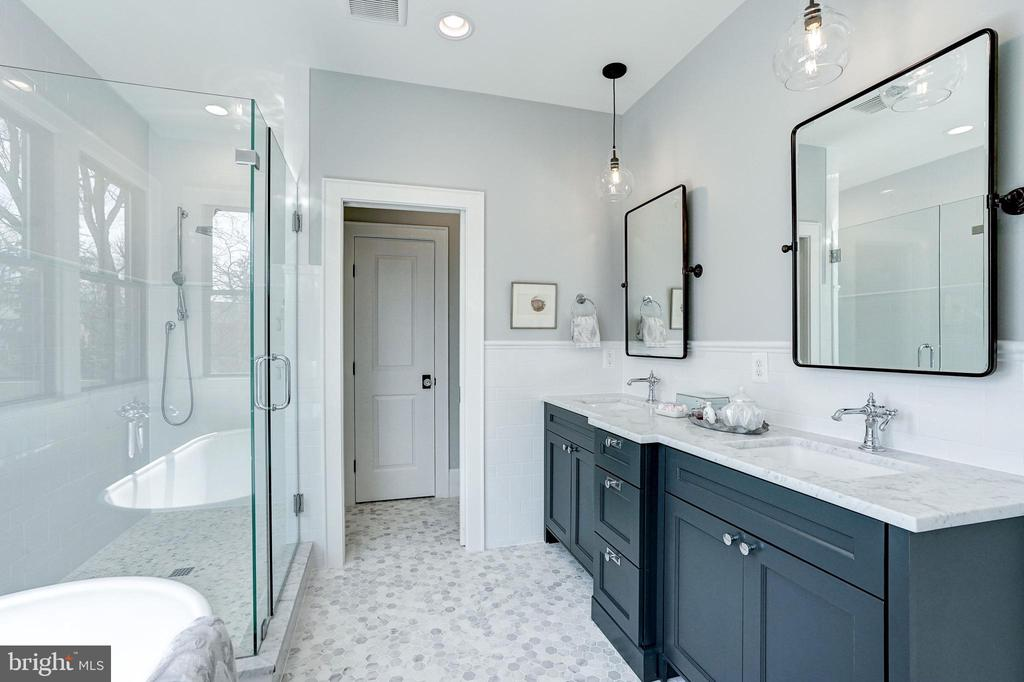 marble topped double vanity, classic marble tile - 4856 33RD RD N, ARLINGTON