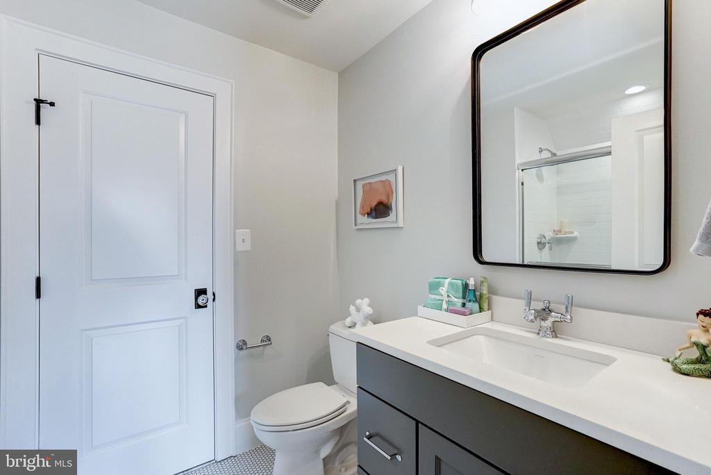 4th bath with big shower penny tiled floor - 4856 33RD RD N, ARLINGTON