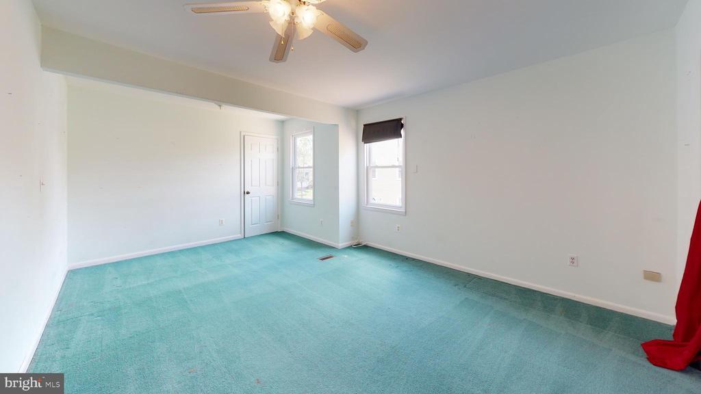 Master bedroom - 12803 SCRANTON CT, HERNDON