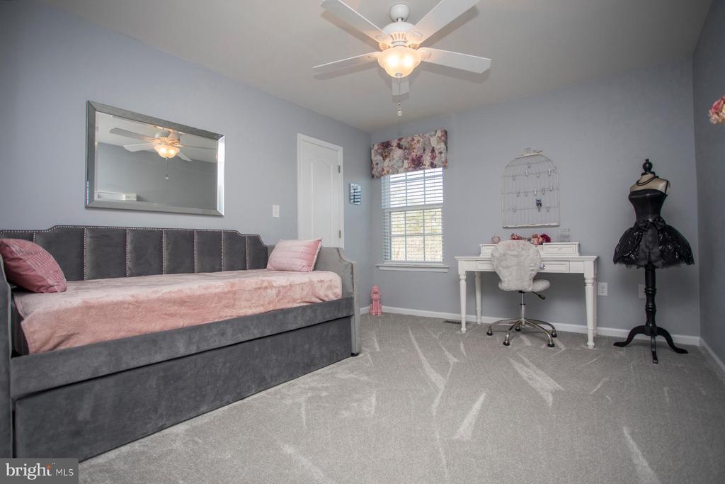 Upper level bedroom 3 - 26 WAGONEERS LN, STAFFORD
