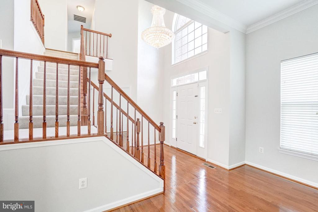 - 20871 MEDIX RUN PL, ASHBURN