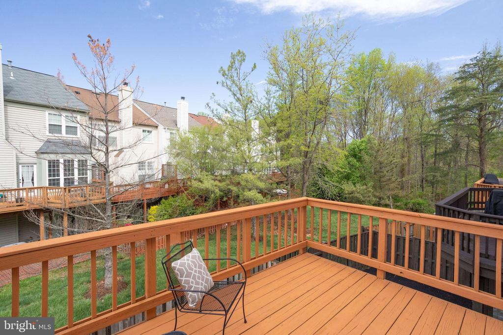 View from freshly stained deck - 7506 SHIRLEY HUNTER WAY, ALEXANDRIA