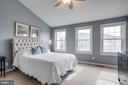 Master suite w/ triple windows - 7506 SHIRLEY HUNTER WAY, ALEXANDRIA