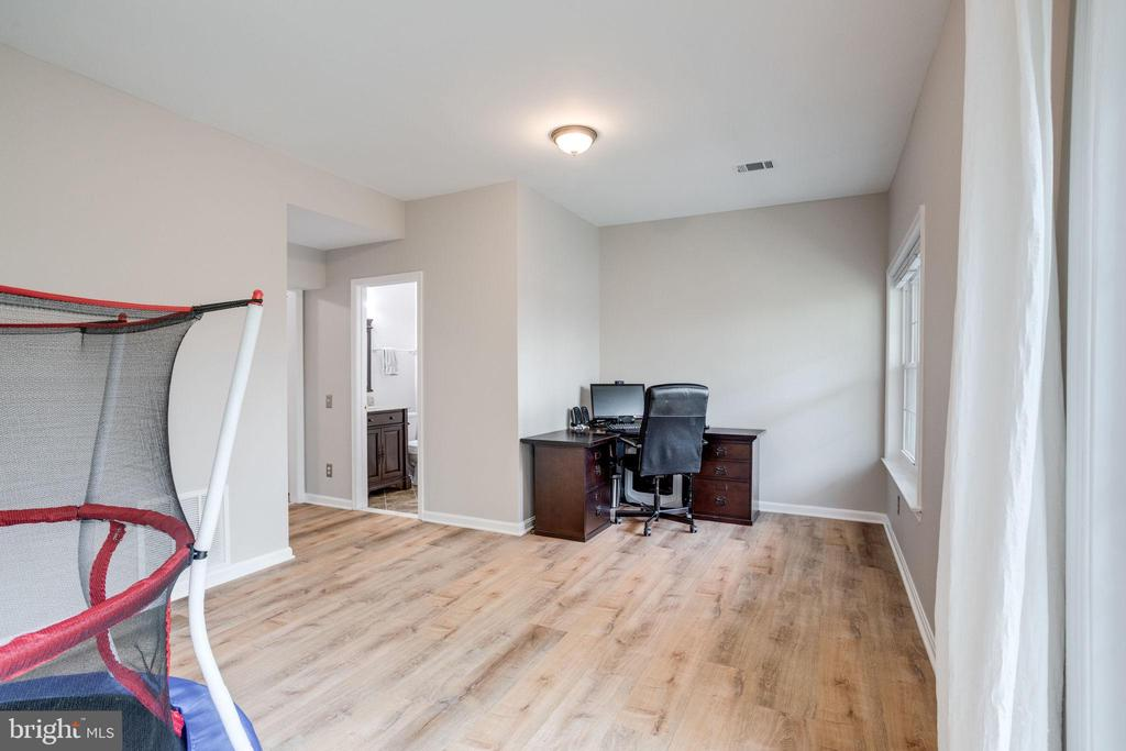 Recreation room/play room/office - 7506 SHIRLEY HUNTER WAY, ALEXANDRIA