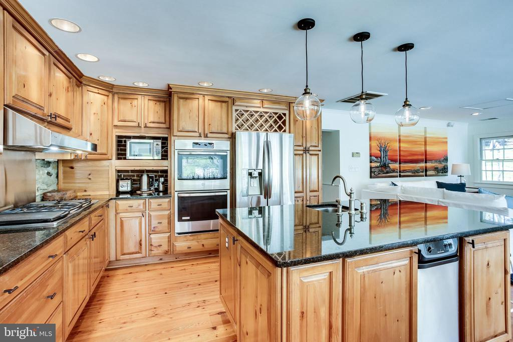 ML - Kitchen - 14774 MILLTOWN RD, WATERFORD