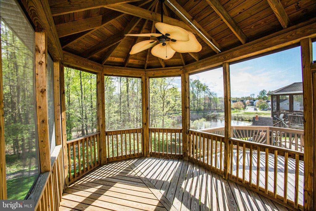 Beautiful views! and even has a ceiling fan - 46 WILTSHIRE DR, STAFFORD