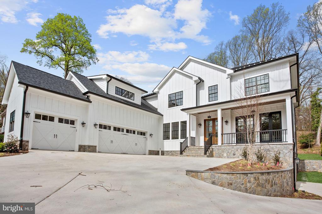 5 car garage!(3 main level, 2 underneath on right) - 1916 RHODE ISLAND AVE, MCLEAN