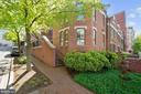 Close the door and walk to everything! - 4822 HAMPDEN LN #R-6, BETHESDA