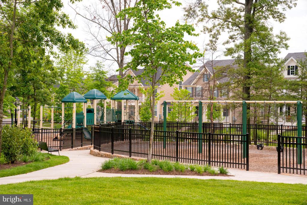 Playground at Loudoun Valley - 23526 NEERSVILLE CORNER TER, ASHBURN