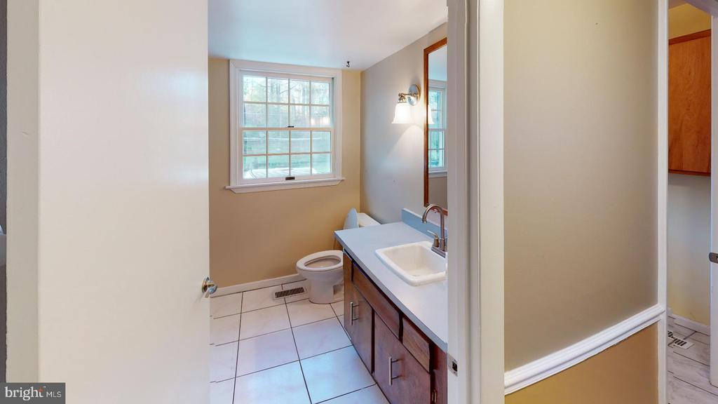 Bathroom - 12903 MELVILLE LN, FAIRFAX