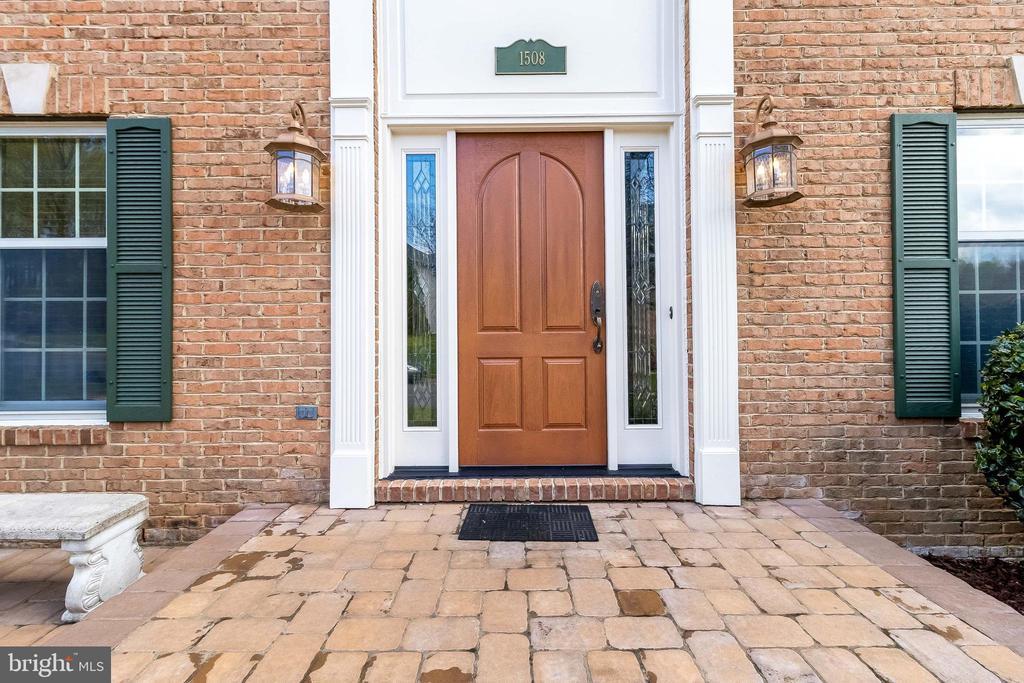 Anderson WIndows , Therma-True Doors - 1508 JUDD CT, HERNDON