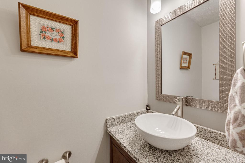 Main Level half bath - 12502 DARDANELLE CT, HERNDON