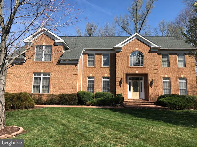 Front - 42 LIGHTFOOT DR, STAFFORD