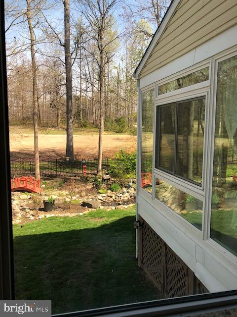 Side view from sunroom - 42 LIGHTFOOT DR, STAFFORD