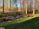 Beautifully landscaped backyard - 42 LIGHTFOOT DR, STAFFORD