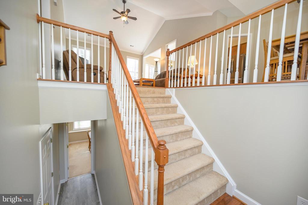 Grand staircase! - 623 MT PLEASANT DR, LOCUST GROVE