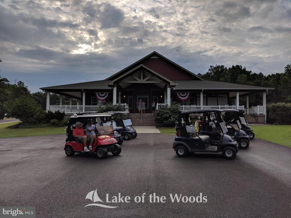 Golf Pro Shop - 623 MT PLEASANT DR, LOCUST GROVE
