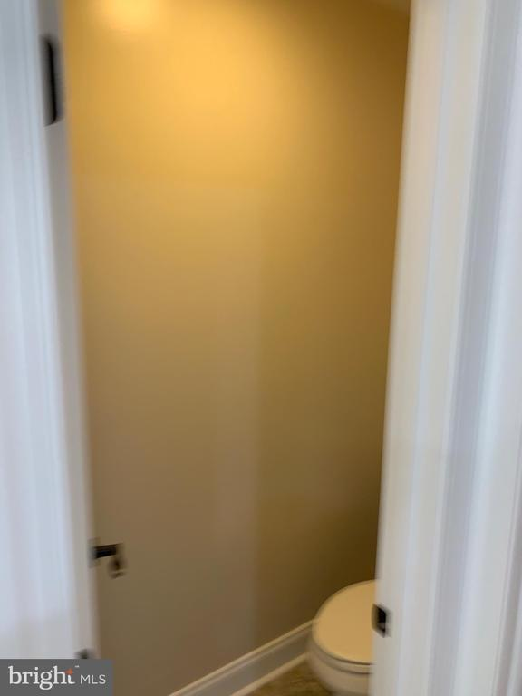 Example Master Private Water Closet - T-24 TRACI'S WAY, WINCHESTER