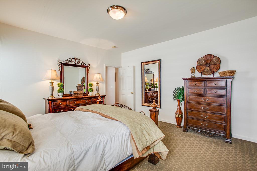 Master Bedroom - 5625 E KESSLERS XING, FREDERICKSBURG