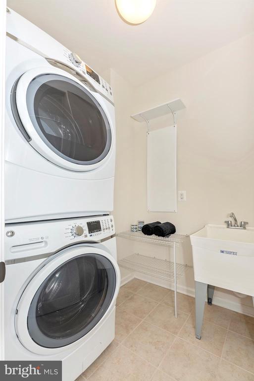 Upper level laundry - 6434 ALAN LINTON BLVD E, FREDERICK