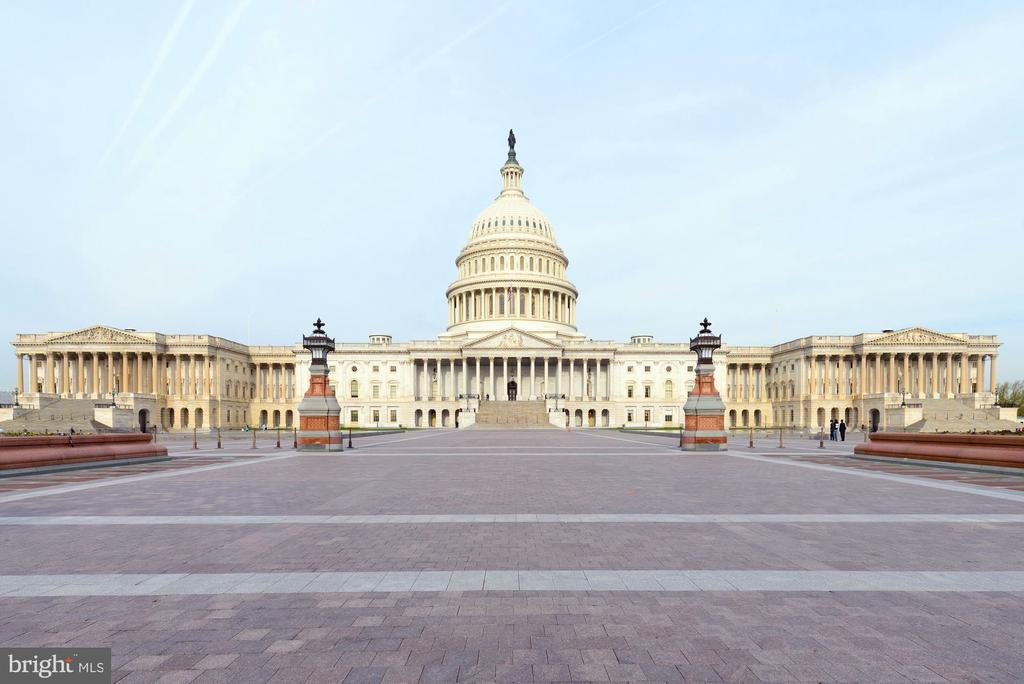 U.S. Capitol - 704 8TH ST NE, WASHINGTON