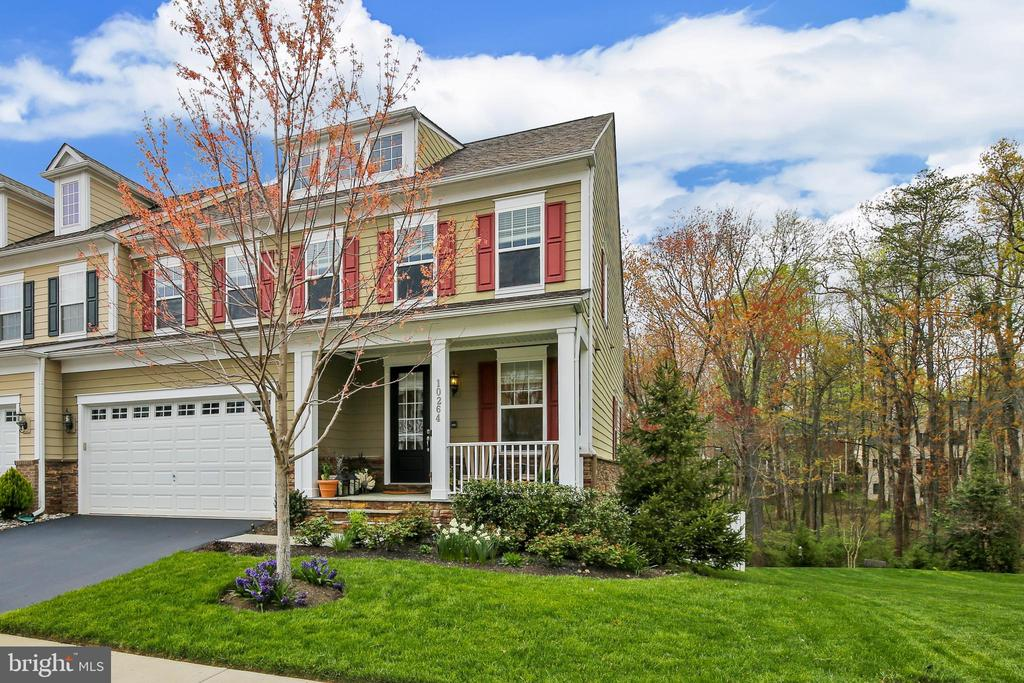 Welcome Home ! - 10264 GREENSPIRE DR, OAKTON