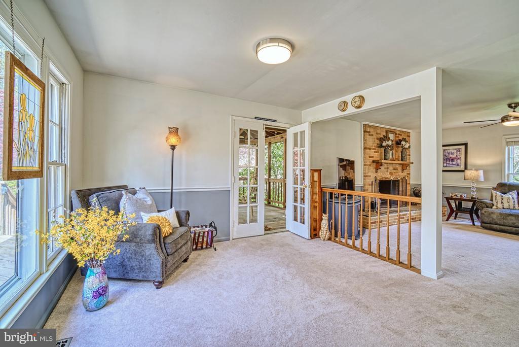 Wonderful open floor plan - 11610 HENDERSON RD, CLIFTON
