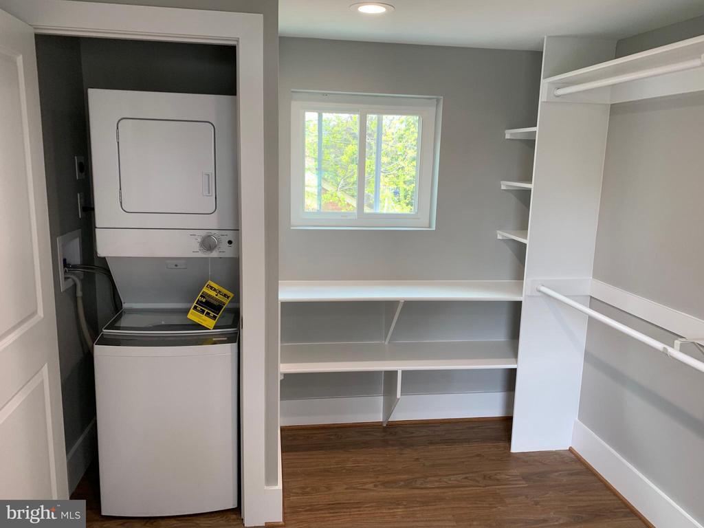Master Closet w/ W/D - 3112 ALABAMA AVE SE, WASHINGTON