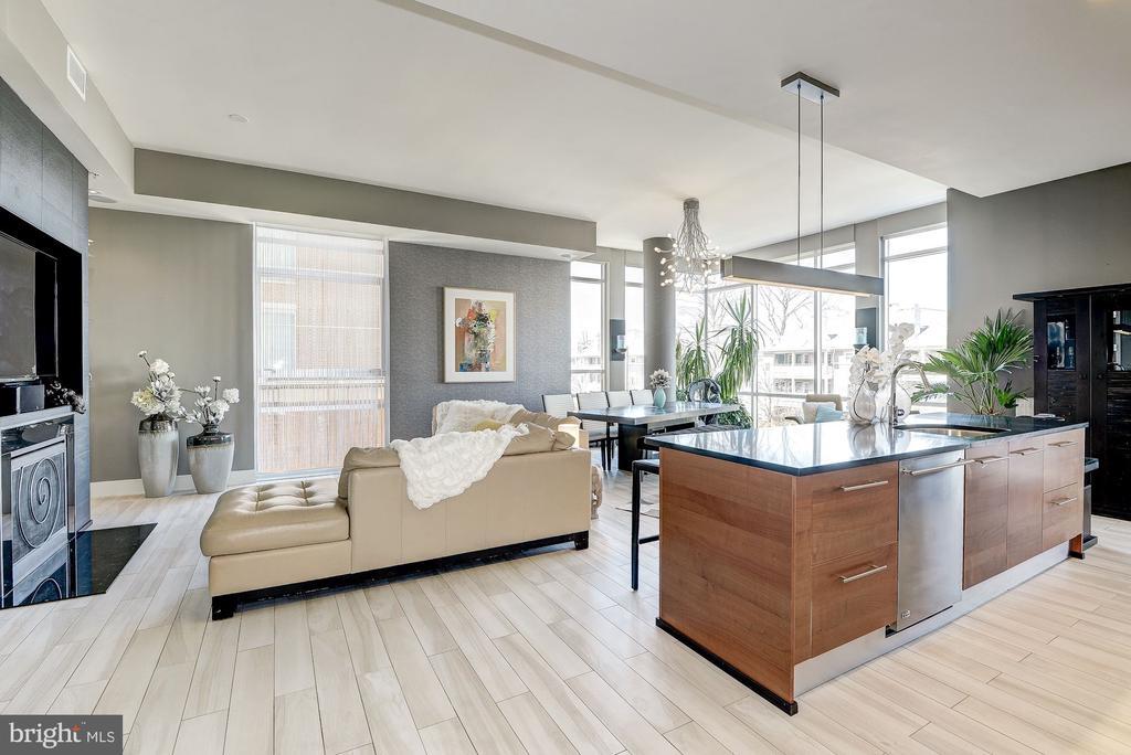Open Floor Plan. - 12025 NEW DOMINION PKWY #103, RESTON