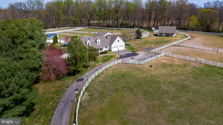 Single Family Homes vì Bán tại Southampton, New Jersey 08088 Hoa Kỳ