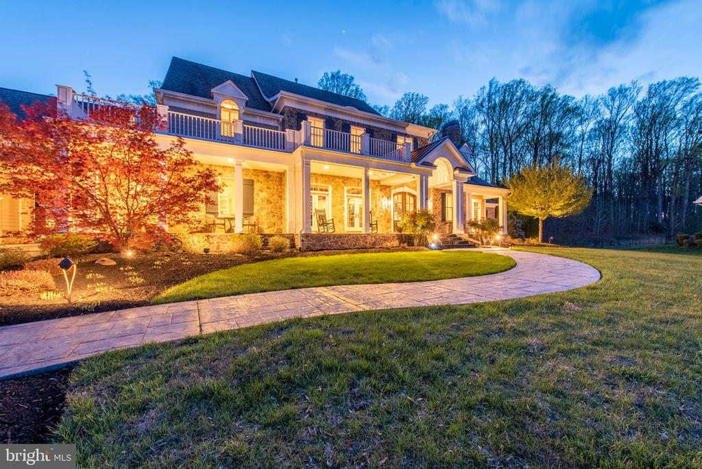 Twilight Exterior - 5222 SWEET MEADOW LN, CLARKSVILLE