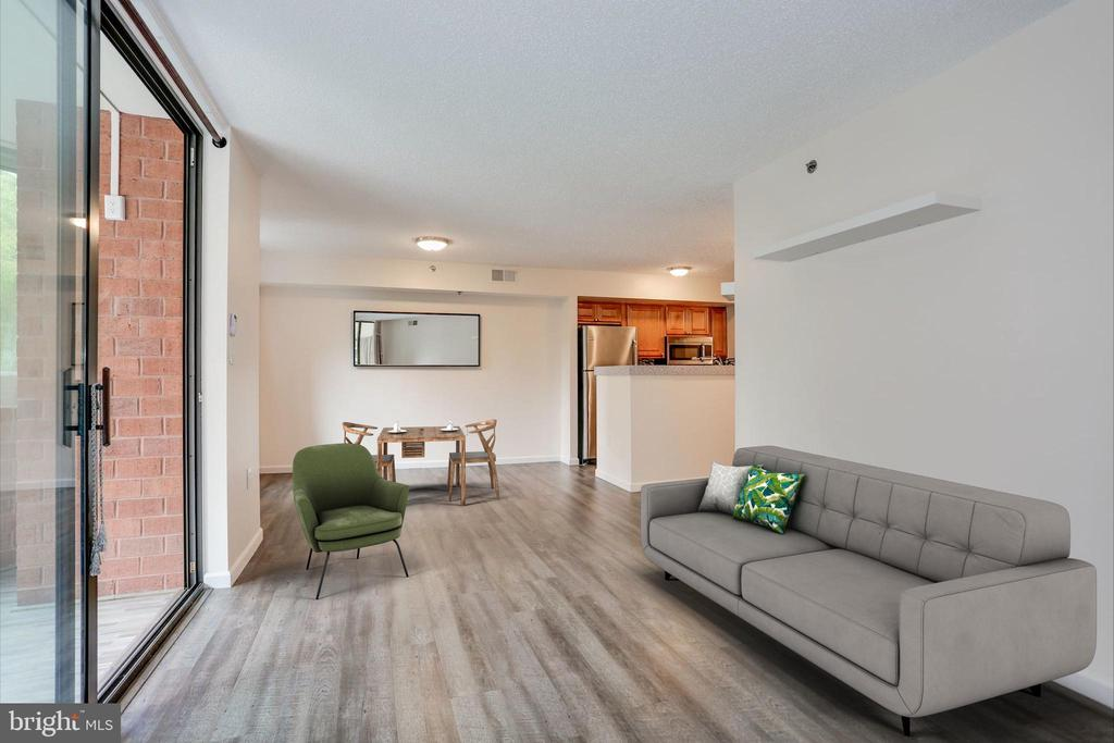 Virtually staged dining/living - 1001 N VERMONT ST #310, ARLINGTON