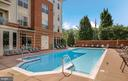 Outdoor pool - 9480 VIRGINIA CENTER BLVD #329, VIENNA