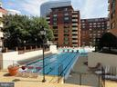 Beautiful, resort style outdoor pool - 1111 ARLINGTON BLVD #645, ARLINGTON