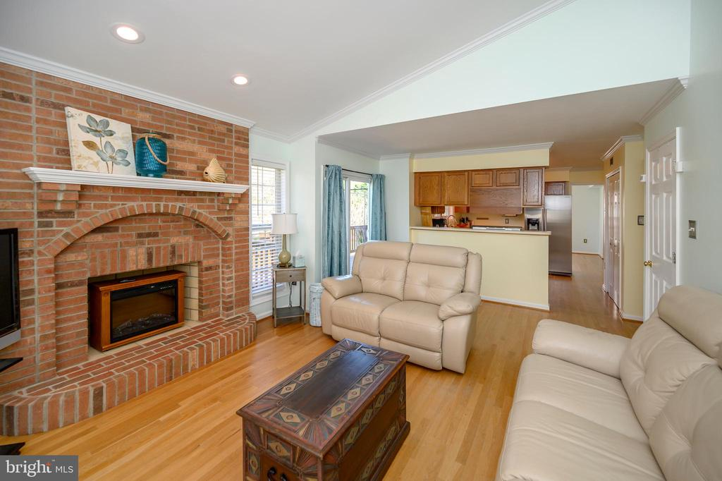 Beautiful full brick fireplace - 4 WELLINGTON DR, STAFFORD