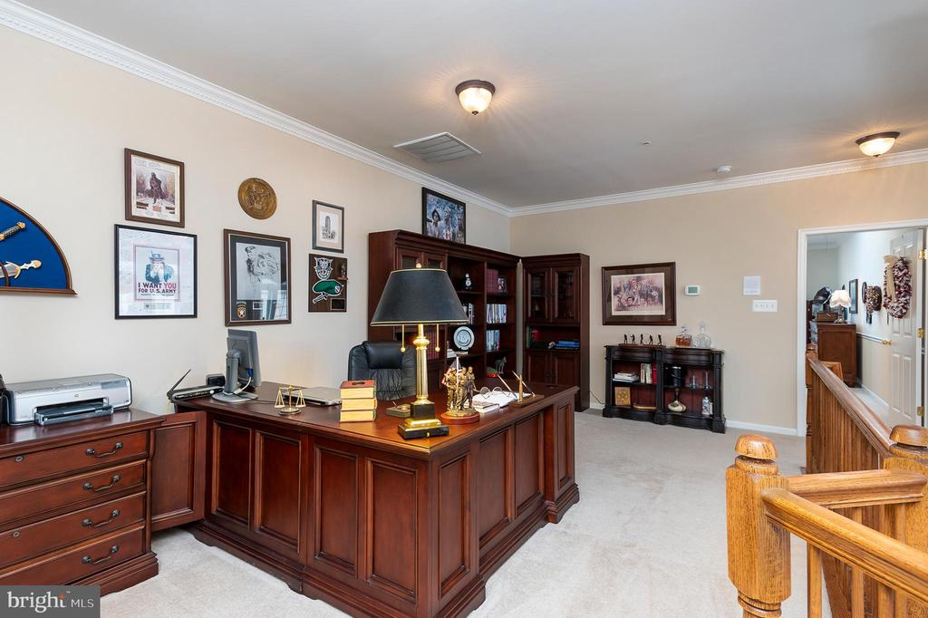 The perfect place for an office or library - 8733 ENDLESS OCEAN WAY #32, COLUMBIA