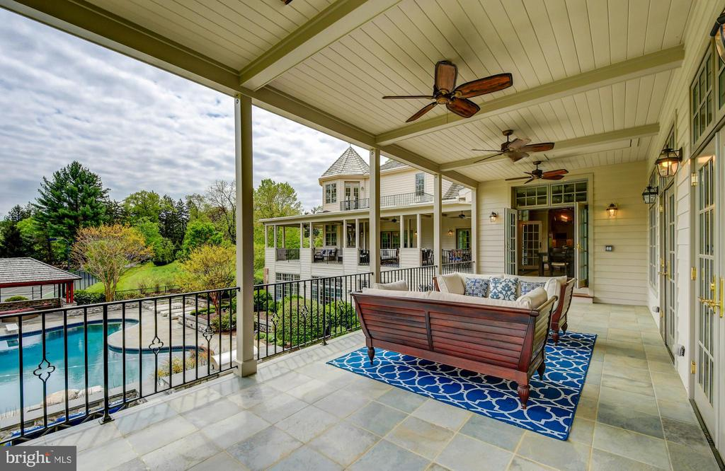 Kitchen Covered Porch - 10807 GREENSPRING AVE, LUTHERVILLE TIMONIUM